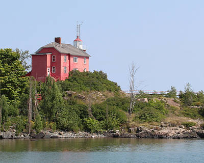 Photograph - Marquette Harbor Lighthouse 1 by George Jones