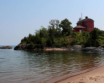 Photograph - Marquette Harbor Lighthouse 2 by George Jones