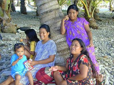 Photograph - Marshallese Family by Lew Davis