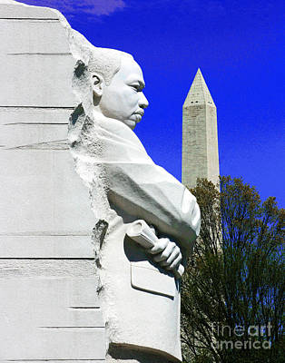 Photograph - Martin Luther King Memorial by Larry Oskin