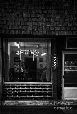 Photograph - Martin's Barbershop by Fred Lassmann