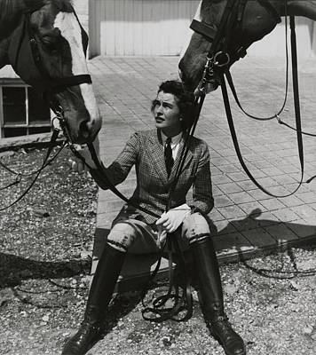 Photograph - Mary Goetchius With Horses by Toni Frissell