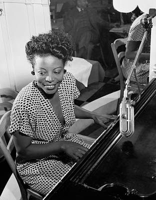 Photograph - Mary Lou Williams (1910-1981) by Granger
