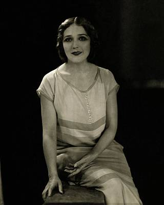 Actress Photograph - Mary Pickford Wearing A Dress by Edward Steichen c0ca28b6f