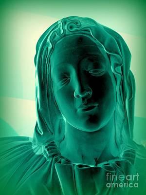 Photograph - Mary-the Pieta by Ed Weidman