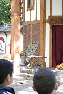 Middle Photograph - Maryland Renaissance Festival - Johnny Fox Sword Swallower - 12121 by DC Photographer