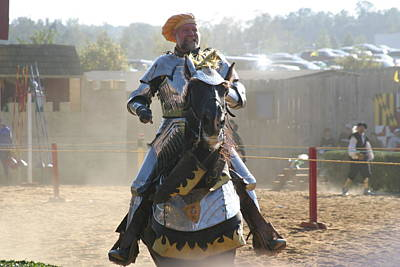 Knight Photograph - Maryland Renaissance Festival - Jousting And Sword Fighting - 1212163 by DC Photographer
