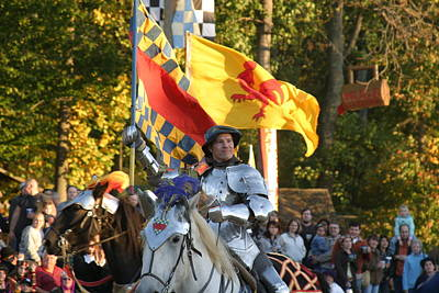 Maryland Renaissance Festival - Jousting And Sword Fighting - 121220 Art Print by DC Photographer