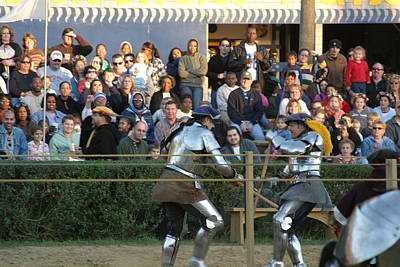 Maryland Renaissance Festival - Jousting And Sword Fighting - 121235 Art Print by DC Photographer