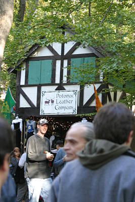 Middle Photograph - Maryland Renaissance Festival - People - 121230 by DC Photographer