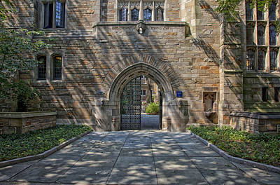 Master's House Gateway Trumbull College - Yale University  Art Print