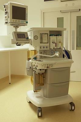 Medicine Wheel Photograph - Maternity Ward Equipment by Dorling Kindersley/uig