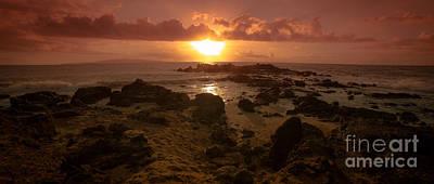 Photograph - Maui Sunset by Edward Fielding