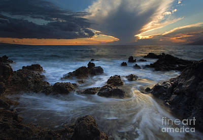 Maui Sunset Tides Art Print by Mike  Dawson