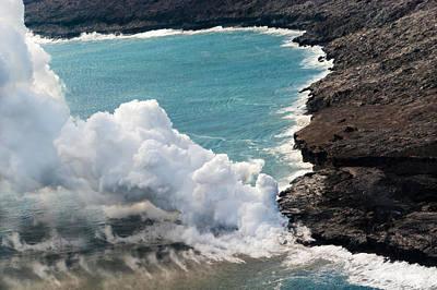 Photograph - Mauna Loa by Lars Lentz