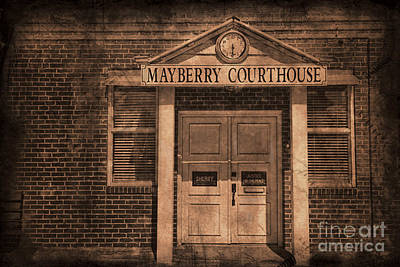 Photograph - Mayberry Courthouse by David Arment