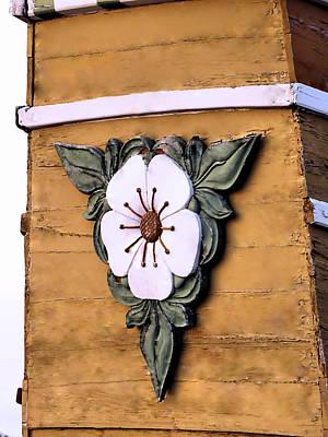 Photograph - Mayflower Emblem by Janice Drew