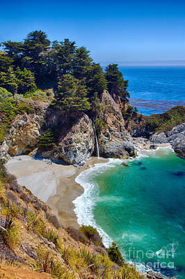 Mcway Falls At Julia Pfeiffer Burns State Park Art Print