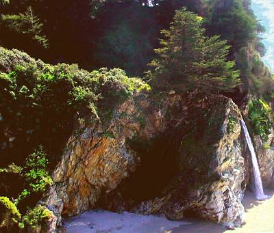 Painting - Mcway Falls Big Sur Ca by Jim Pavelle
