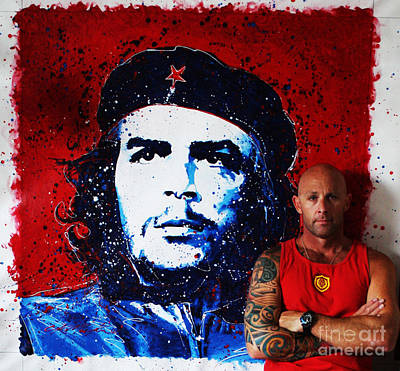 Photograph - Me And Che by Chris Mackie