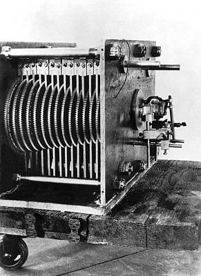 Gear Photograph - Mechanical Gear Number Sieve by Underwood Archives