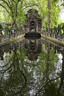 Paris Photograph - Medici Reflections by Georgia Fowler