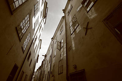 Medieval Street Seen From Below - Monochrome Art Print by Ulrich Kunst And Bettina Scheidulin
