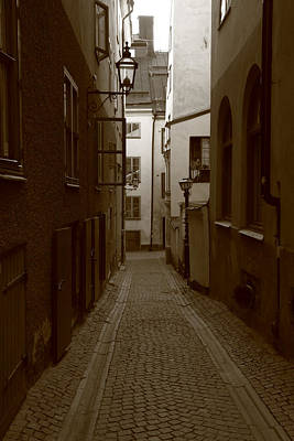 Medieval Street With Lantern - Monochrome Art Print by Ulrich Kunst And Bettina Scheidulin