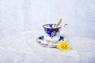 Photograph - Memories In A Cup by Randi Grace Nilsberg