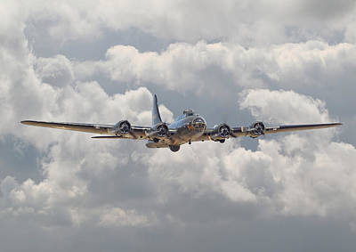 Historical Digital Art - Memphis Belle - Homecoming by Pat Speirs