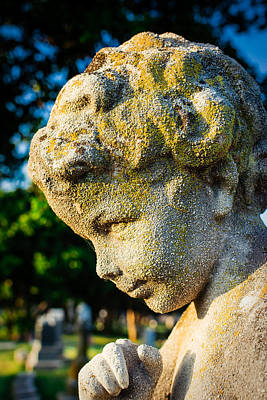 Cemetary Photograph - Memphis Elmwood Cemetery - Boy Angel Vertical by Jon Woodhams