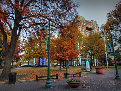 Photograph - Memphis Fall In Court Square 005 by Lance Vaughn