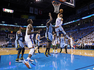 Photograph - Memphis Grizzlies Vs Oklahoma City by Richard Rowe