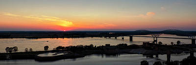 Photograph - Memphis Sunset On The Mississippi 002 by Lance Vaughn