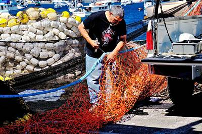 Photograph - Mending The Nets by Bob Wall