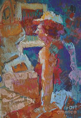 Mercado Lady Viewing Paintings Art Print