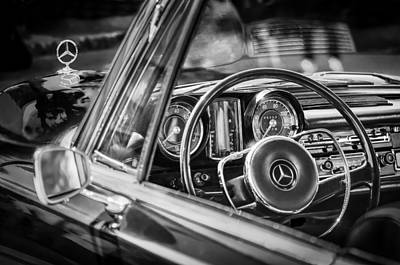 Antique Car Photograph - Mercedes-benz 250 Se Steering Wheel Emblem by Jill Reger