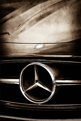 Antique Car Photograph - Mercedes-benz Grille Emblem by Jill Reger
