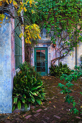 Photograph - Meridian Studios Courtyard by Thomas Hall