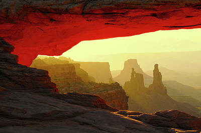 Mesa Arch, Canyonlands National Park Art Print by Michel Hersen
