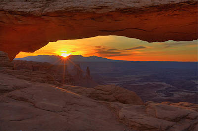 Photograph - Mesa Arch Sunrise by Alan Vance Ley