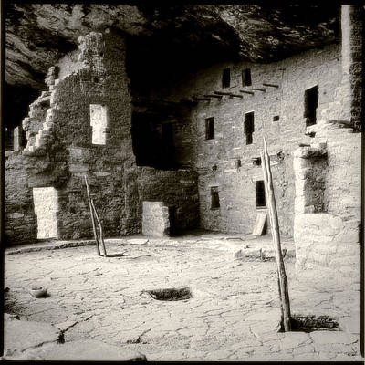 Photograph - Mesa Verde by Louise Kumpf