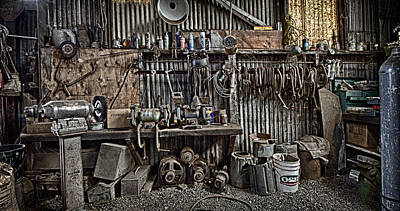 Photograph - Metal Shop 3 by Robert Woodward