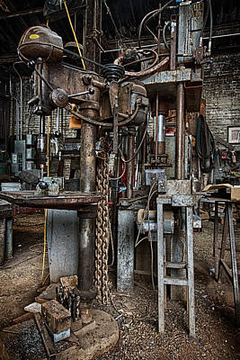 Photograph - Metal Shop 4 by Robert Woodward
