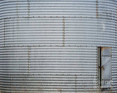 Photograph - Metal Silo With Door by Les Palenik