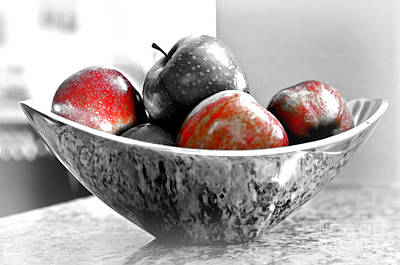 Photograph - Metallic Fruit Bowl - Still Life by Carol Groenen