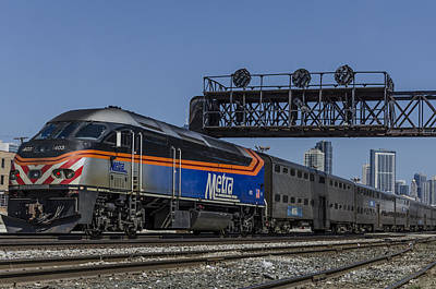 Metra Under The Signals Art Print by Thomas Visintainer