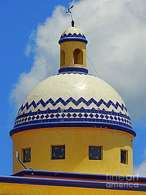 Photograph - Mexican Rotunda Of Puerta Maya In Cozumel Mexico by Michael Hoard