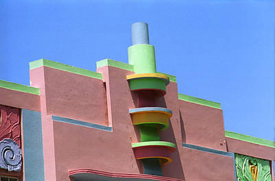 Photograph - Miami Beach - Art Deco 15 by Frank Romeo