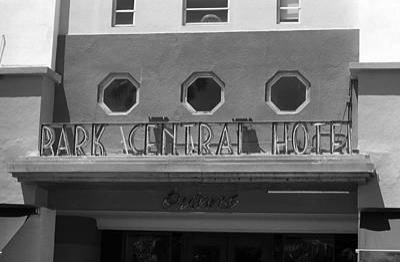 Photograph - Miami Beach - Art Deco 21 by Frank Romeo